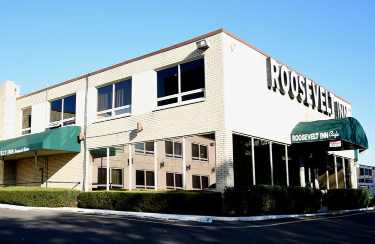 Exterior of the Roosevelt Inn showing the entrance to the cafe